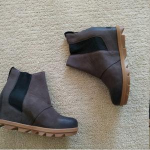New Sorel Joan of Arctic Chelsea  Boots 7 38